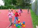 Am Sportplatz der Grundschule