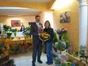 1. Bürgermeister wünscht Renate Weiß viel Erfolg mit Ihrem neuen Blumenladen