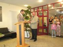 Bürgermeister Manfred Wolf bedankt sich