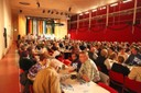 Gut gefüllter Festsaal