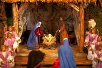 dürfen natürlich auch das Jesuskind und seine Eltern Maria und Josef nicht fehlen!