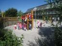 Viele neue Besucher auf dem renovierten Spielplatz