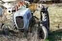Sogar einen verwaisten Traktor